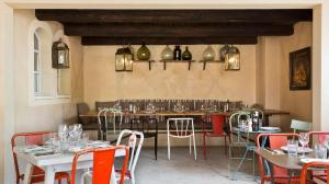 restaurant-italien-traditionnel-gordes-bastide-de-pierres-7