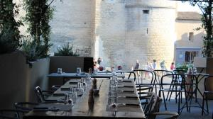 restaurant-italien-traditionnel-gordes-bastide-de-pierres-2